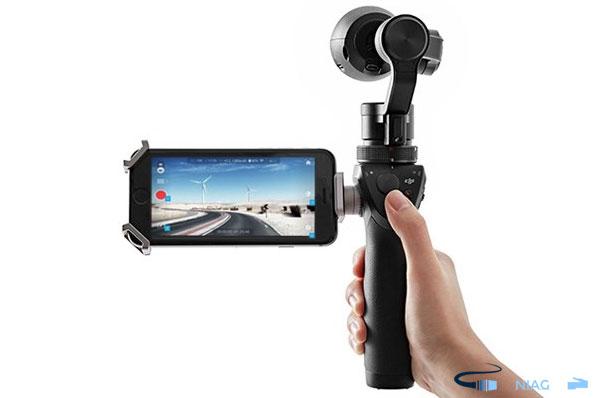 máy quay hành động hay máy quay cầm tay